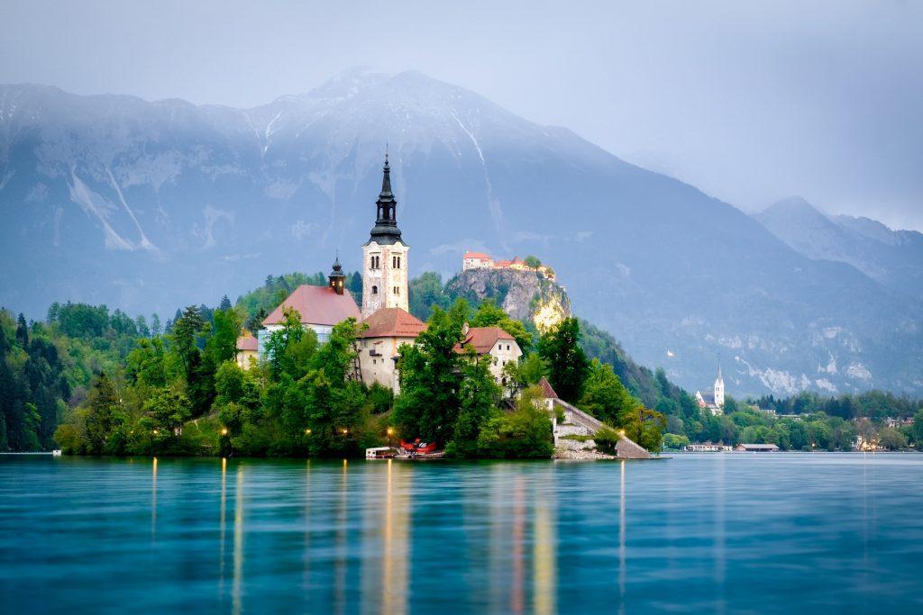 Het meer van Bled, met een kerkje op een eiland
