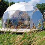 Een dome tent bij Camping Bij Ons in Groesbeek
