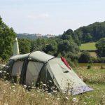 Een groene tent op Camping 3Etangs