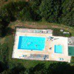 Het zwembad, recht van boven gezien.