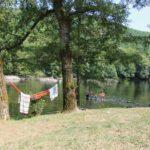 De rivier bij Camping la Berge Ombragée in de Dordogne biedt volop vermaak